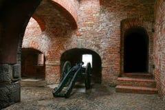 在Wisloujscie堡垒里面的佳能 图库摄影
