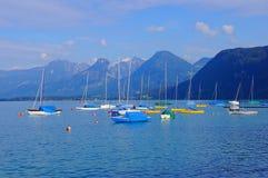 在Wolfgangsee的帆船 图库摄影