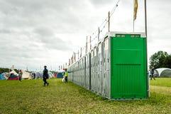 在Womad节日的便携式的洗手间 免版税图库摄影