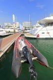 在wuyuanwan游艇码头的可膨胀的摩托车小船 免版税库存图片