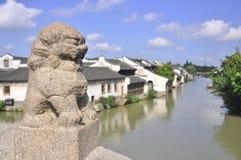 在WUZHEN的中国古老大厦 库存图片