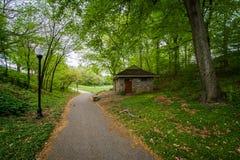 在Wyman公园Dell的走道,在巴尔的摩,马里兰 库存照片