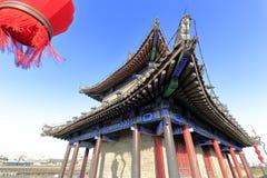 在xian市墙壁上的古老塔 免版税库存照片