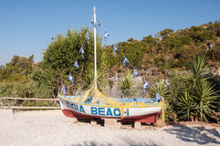 在Xigia海滩的Fishboat 库存照片