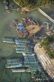 在xingping锂的河的小船 免版税库存照片