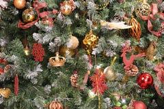 在xmas结构树的圣诞节装饰 库存照片