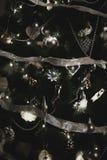 在xmas结构树的圣诞节装饰 库存图片