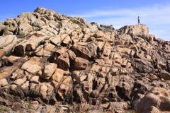 在Yallingup海滩的岩石风景在西澳州 免版税库存图片