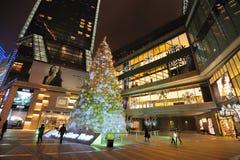 在Yanlord地标的圣诞树 免版税库存照片