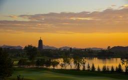 在Yanqi湖的日出 库存图片