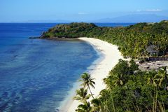 在Yasawa海岛,斐济上的海滩 免版税库存照片