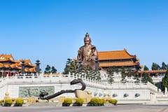 在yuanxuan道士寺庙广州,中国的老子雕象 免版税库存照片