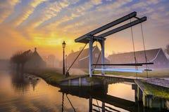 在Zaanse Schans的日出 图库摄影