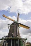 在Zaanse Schans的风车 免版税库存图片