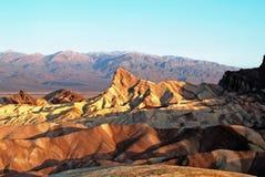 在Zabriskie点,死亡谷的日出 免版税库存照片
