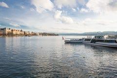 在Zurich湖的船 图库摄影
