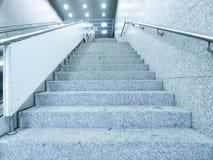 地下段落楼梯 免版税库存照片