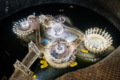 地下湖在Turda盐矿 免版税库存照片