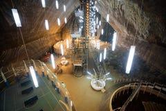 地下湖在Turda盐矿 免版税库存图片