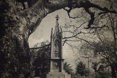 织地不很细的公墓- 免版税库存照片