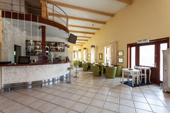 地中海内部-咖啡馆和酒吧 图库摄影