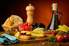 地中海塔帕纤维布快餐 库存图片