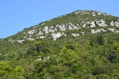 地中海小山 库存图片