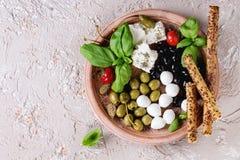 地中海开胃菜板材 免版税库存图片