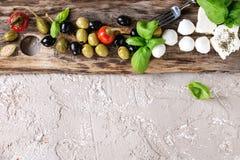 地中海开胃菜板材 免版税库存照片