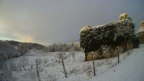地中海村庄在冬天 库存照片