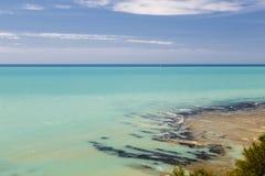 地中海海岸在意大利 免版税库存照片