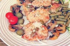地中海烹调的养育的午餐 免版税库存图片