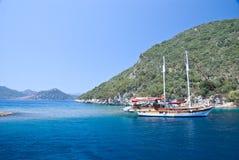 地中海的小船 免版税库存图片