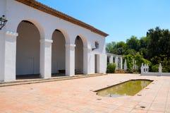 地中海的庭院 免版税库存照片