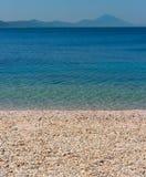 地中海背景的海滩 图库摄影