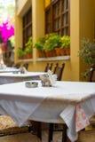 地中海餐馆大阳台, 免版税库存图片