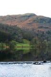 地区英国grasmere湖测流堰 免版税库存图片
