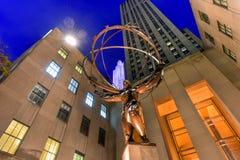地图集雕象-洛克菲勒中心,纽约 免版税图库摄影