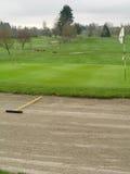 地堡高尔夫球绿色 免版税图库摄影