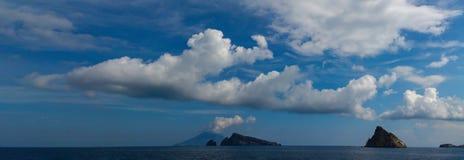 地形云,埃奥利群岛 库存图片