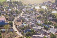 地方城市顶视图秋天时间的,在泰国北部 col 免版税库存照片