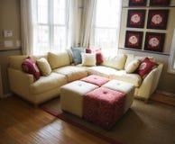 地板硬木客厅 免版税库存照片