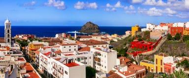 地标和特内里费岛-五颜六色的镇加拉克美好的地方  库存图片