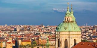 地标圣尼古拉斯天主教, Mala Strana,布拉格,捷克 免版税库存照片