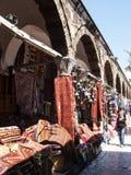 地毯和地毯待售,伊斯坦布尔,土耳其 库存照片