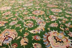 地毯手工制造东方人 免版税库存图片
