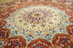 地毯手工制造东方人 免版税图库摄影