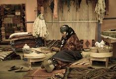 地毯织布工 库存照片