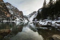地点, Braies湖-意大利-白云岩 免版税库存图片
