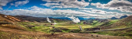 地热能驻地全景在冰岛 库存照片